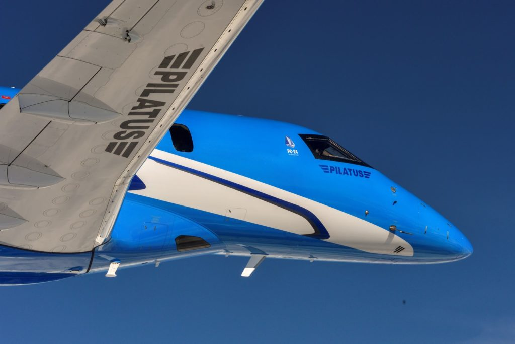 pc-24-super-versatile-jet-over-swiss-alps (11)